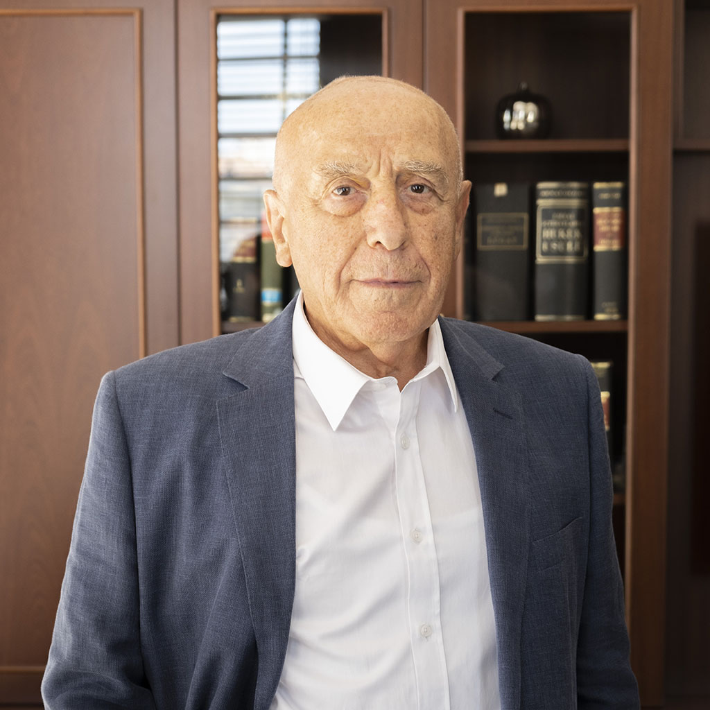 Av. Ali İhsan TOSUN